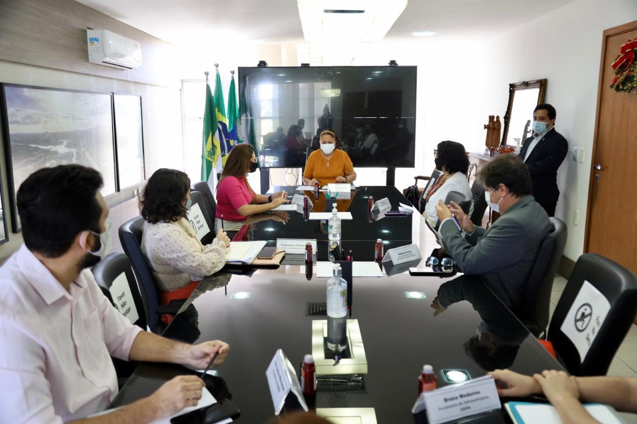 Portal da Tropical - Notícias - Governo e UERN tratam sobre autonomia financeira da instituição